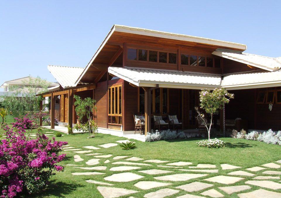 Casa de madeira é quente no inverno e fresca no verão