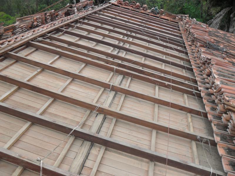 Manutenção de telhados em Casas de Madeira